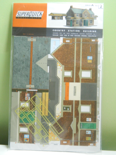 Superquick A2 OO Country Station Building Card Kit