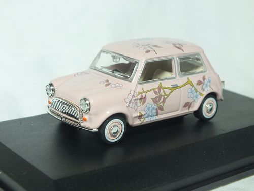 MIN014N 1:43 Scale Mini Car - Pink Floral