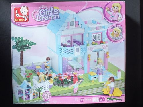 M38-B0535 Girl's Dream Series - Garden Villa
