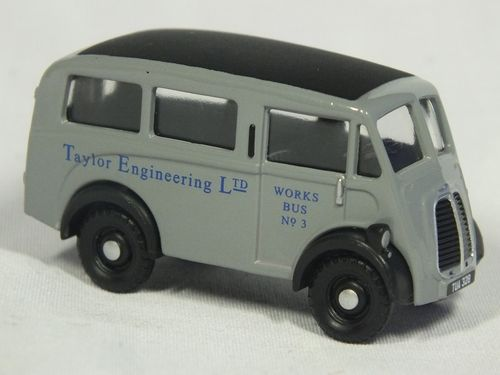 Classix EM76650 OO / 1:76 Morris J Estate - Taylor Engineering Ltd Works Bus